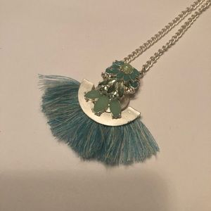 Jewelry - Jade color stones long silver necklace with fringe
